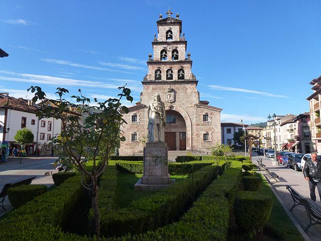 Cangas-de-onis-plaza