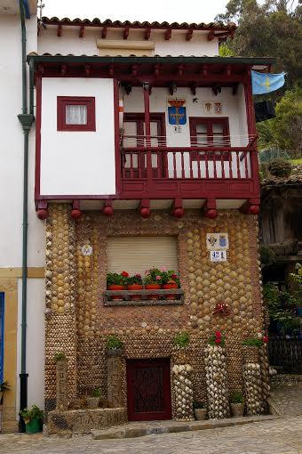 Casa Tazones