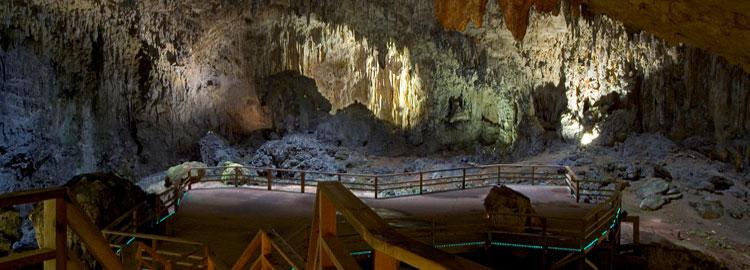 Cueva Tito
